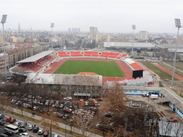 Stadion Kara?or?e