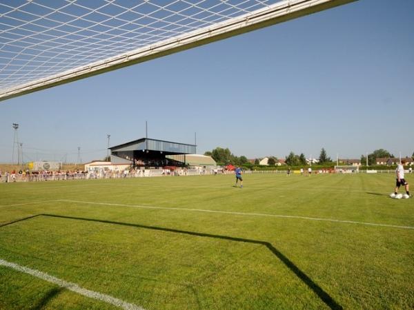 Stade de Dampierre-sur-Salon
