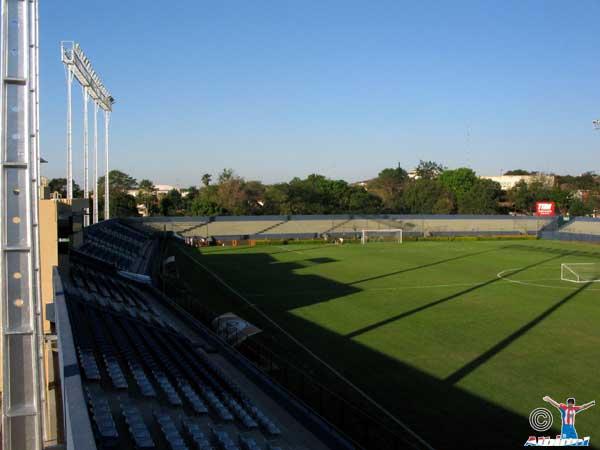 Estadio Dr. Nicolás Leoz
