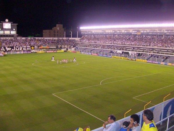 Estádio Urbano Caldeira